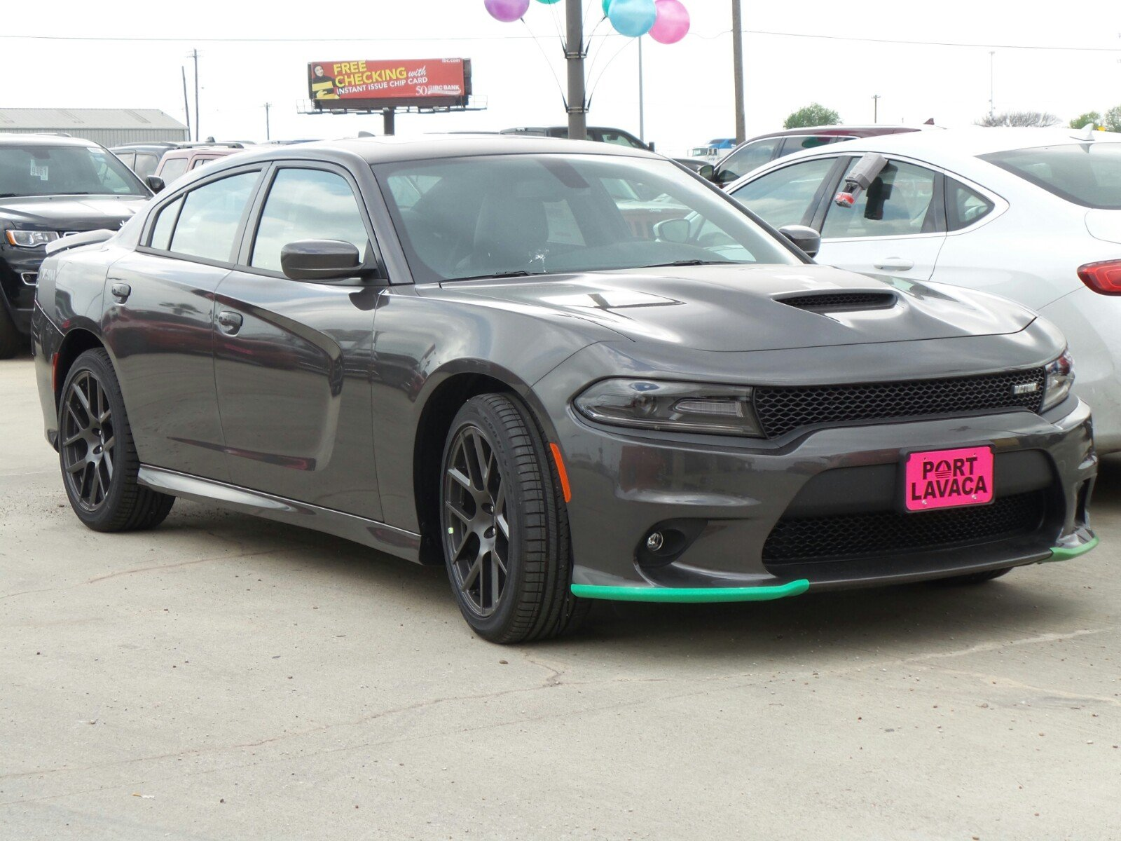 new 2017 dodge charger rt 4dr car in port lavaca h556815 port lavaca dodge chrysler jeep. Black Bedroom Furniture Sets. Home Design Ideas